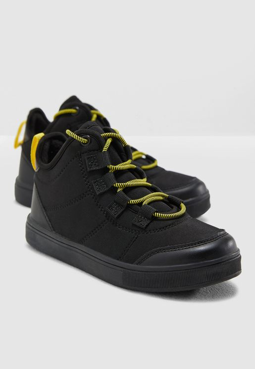 Youth Contrast Lace Sneaker