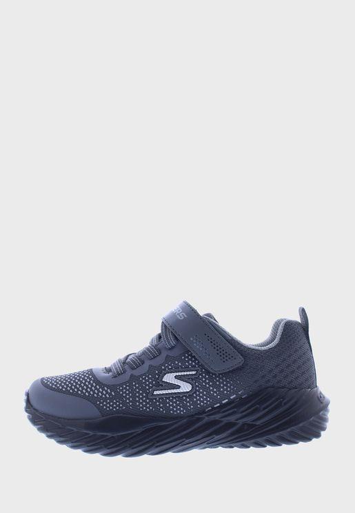 حذاء نيترو سبرينت