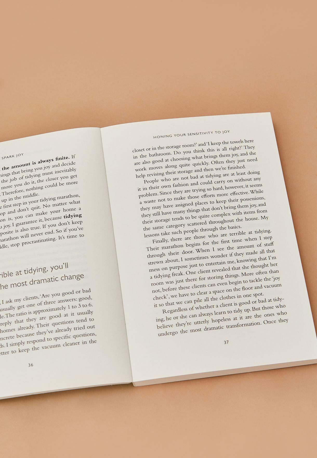 """كتاب """" Spark Joy"""""""