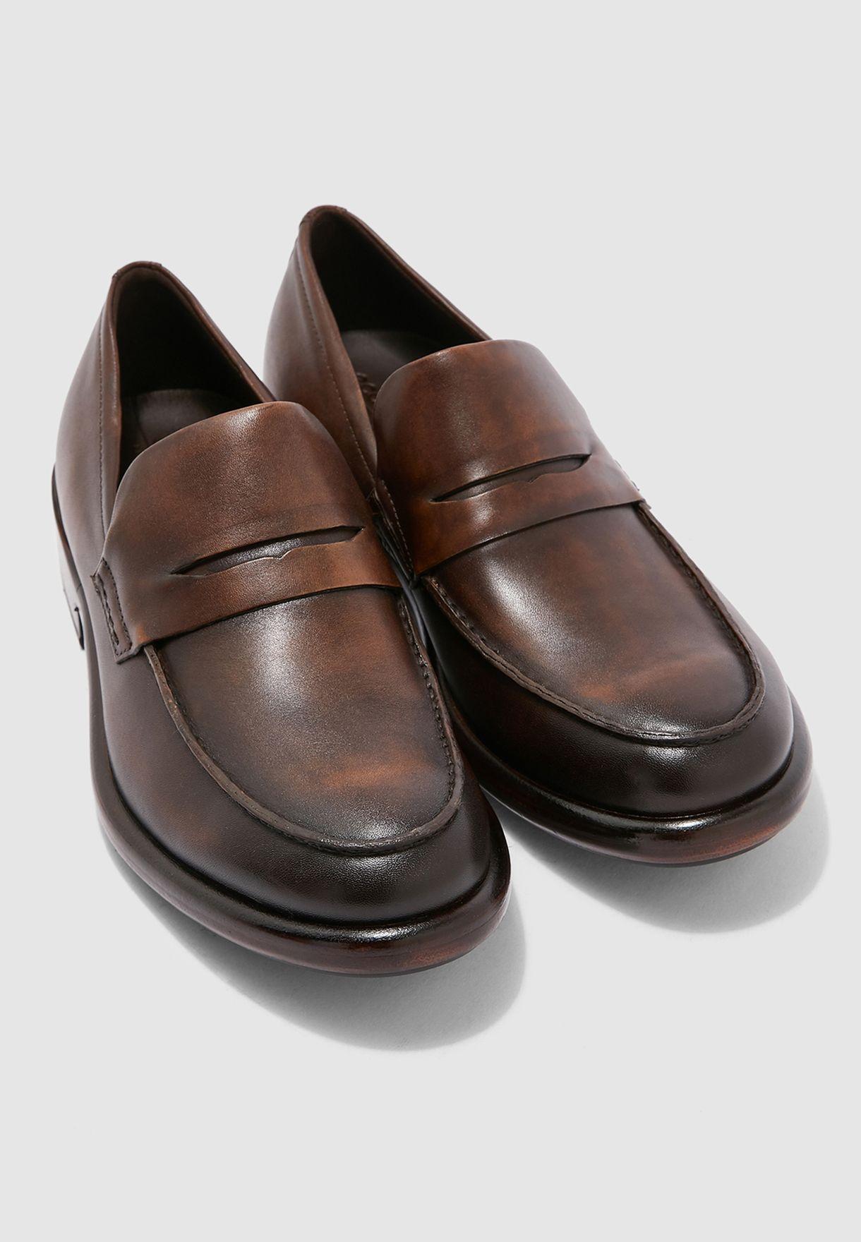 حذاء رسمي من الجلد الاصلي