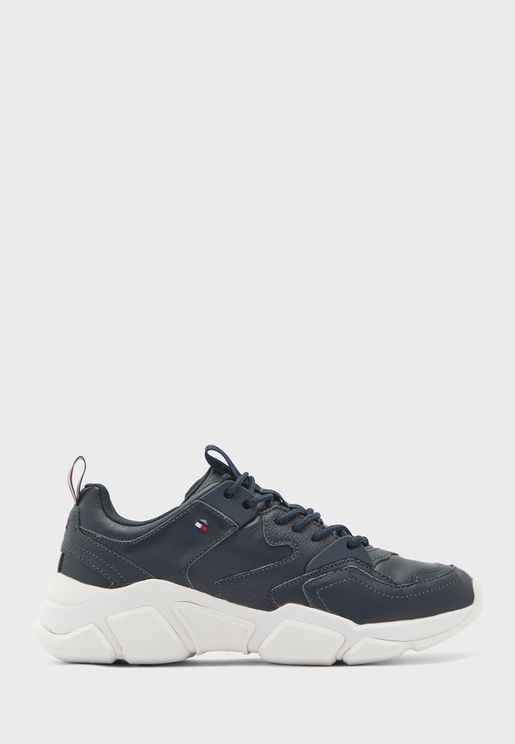 Chunky Classic Low Top Sneaker