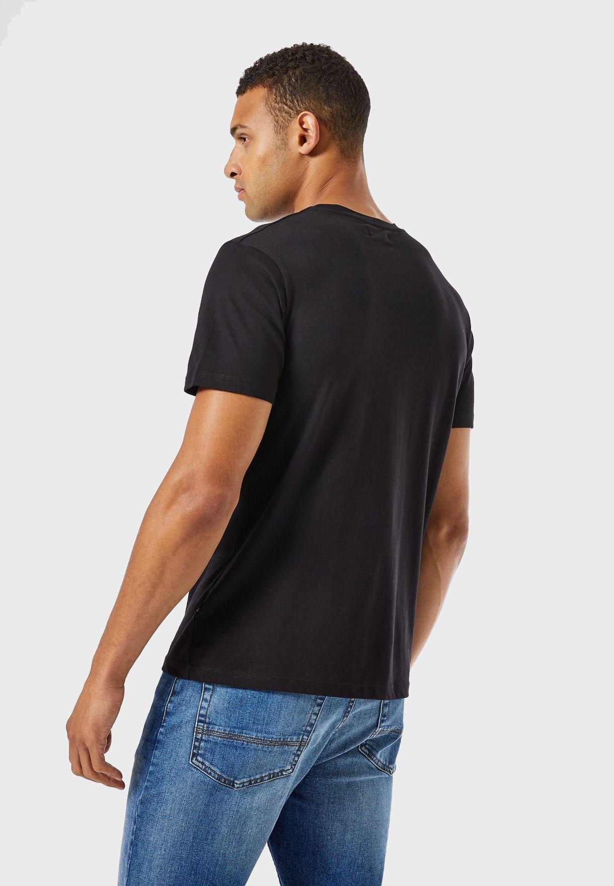 Skull Graphic Crew Neck T-Shirt