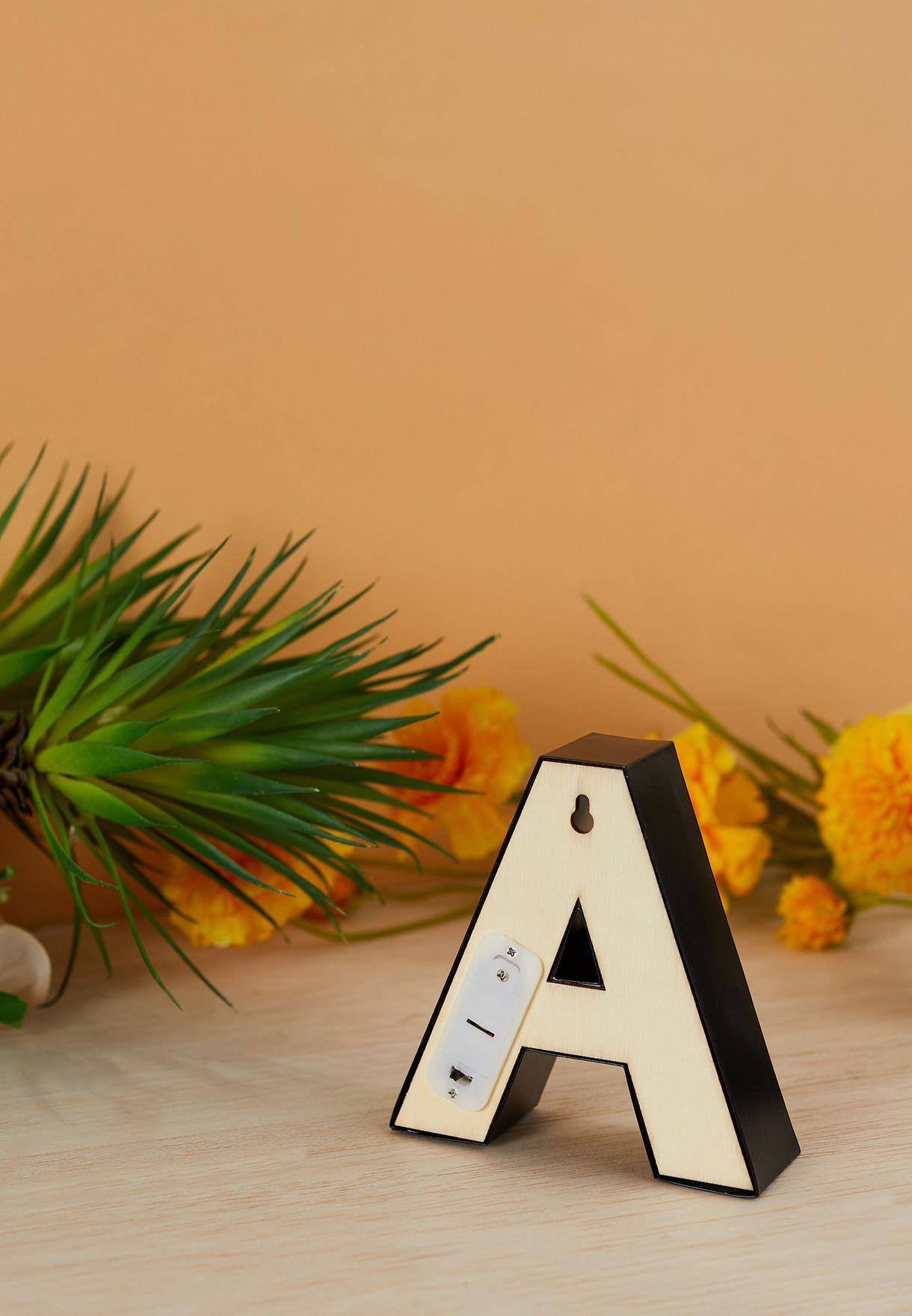 ضوء شكل حرف A