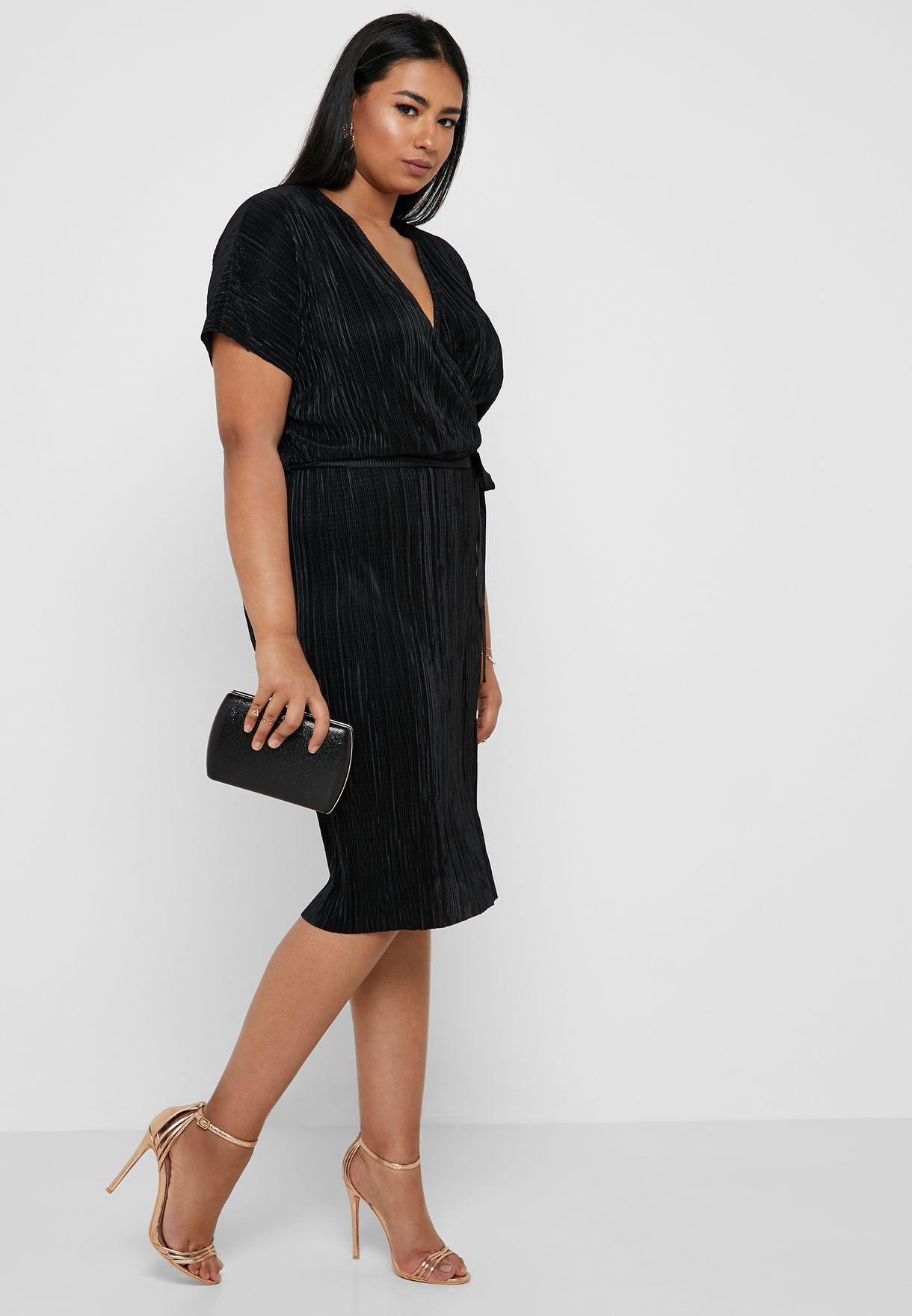 69ddbc7485a Shop Dorothy Perkins Curve black Plisse Wrap Dress 3212613 for ...