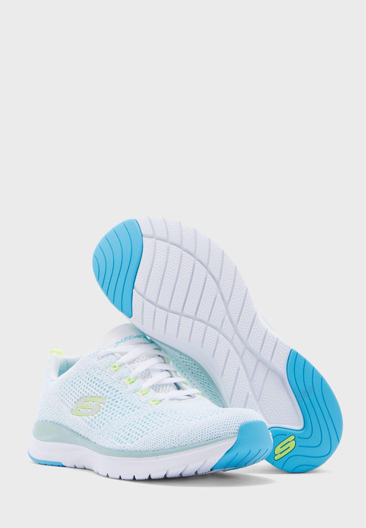 حذاء الترا غروف
