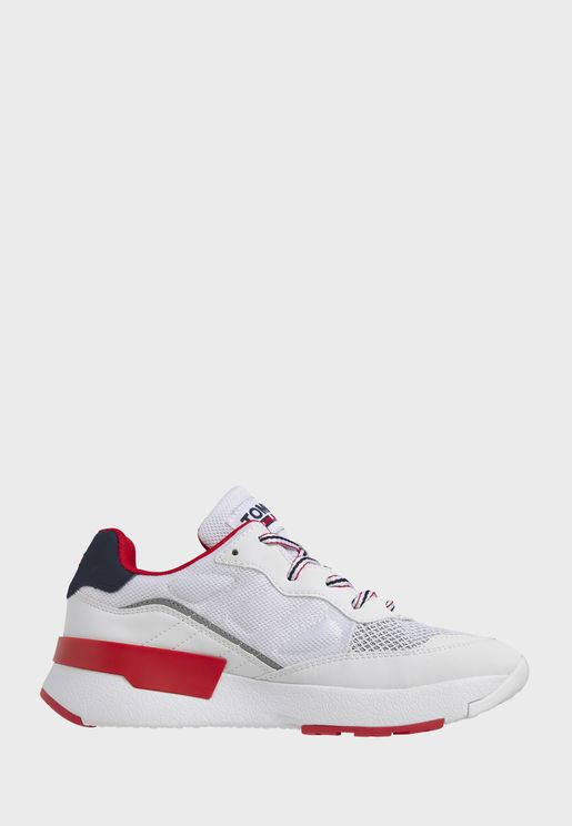 Sustainable Low Top Sneaker