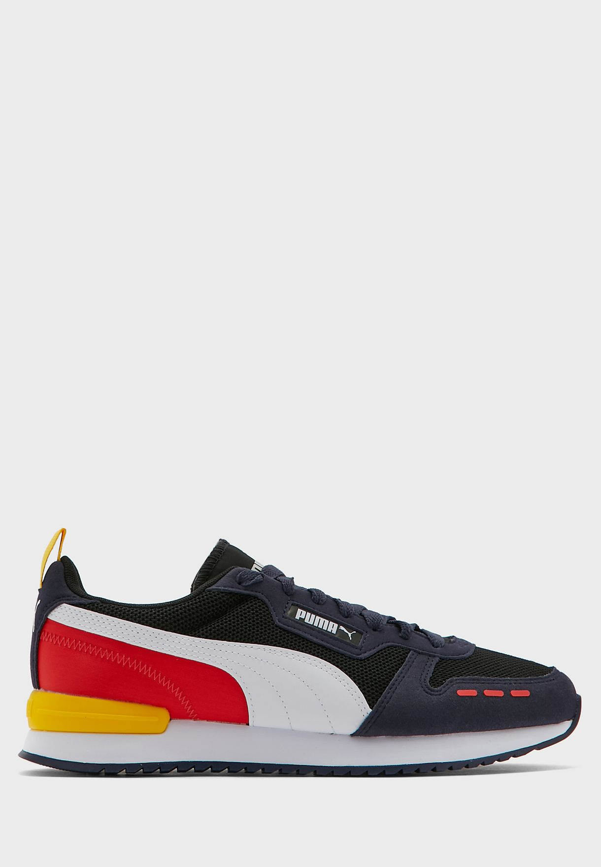 حذاء ار 7 8