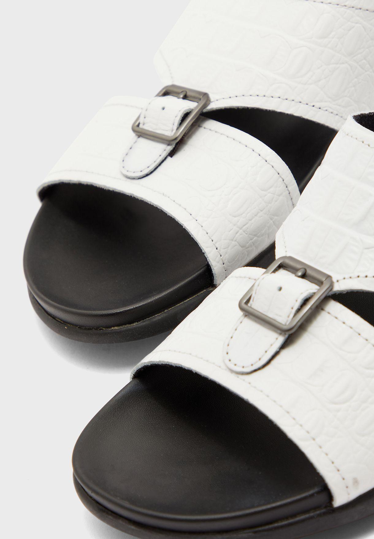 Edudien Double Strap Buckle Sandals