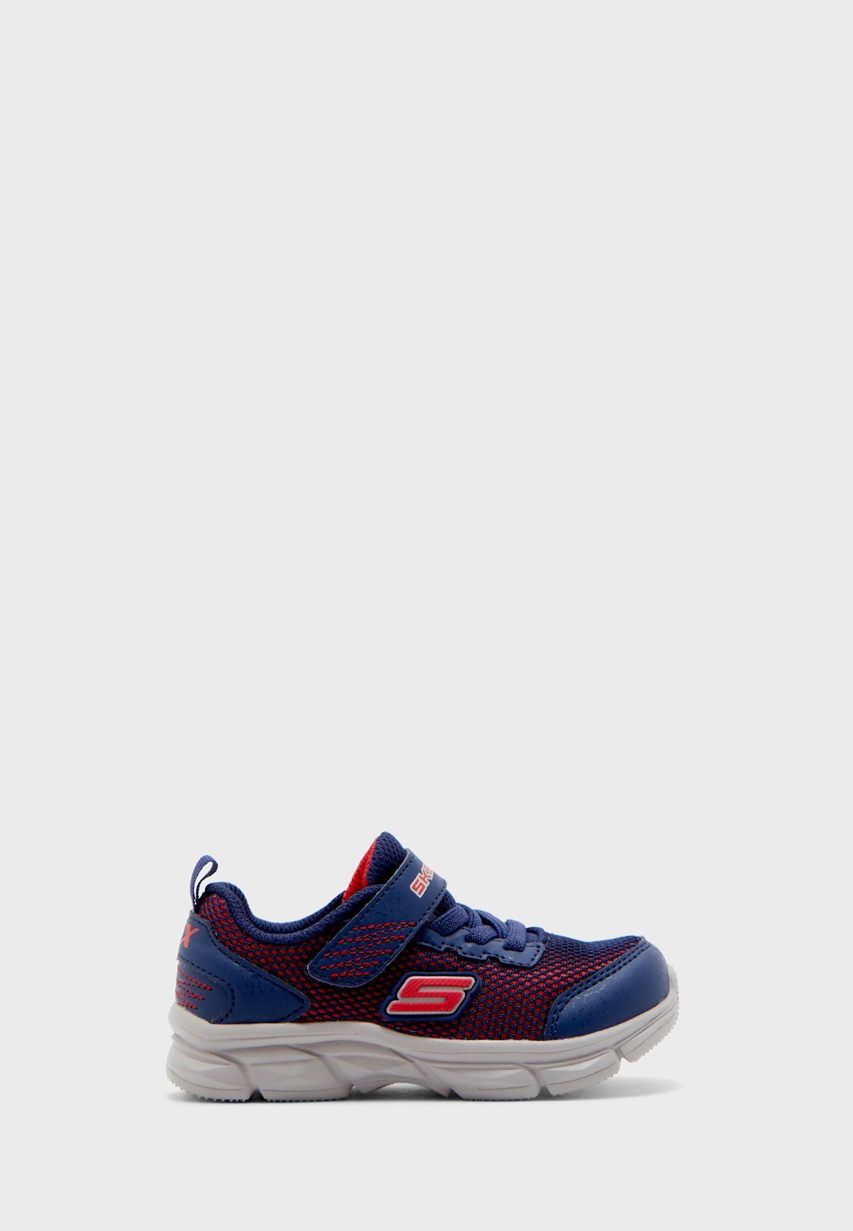 حذاء ادفانس