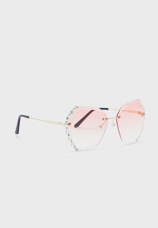 نظارة شمسية مزينة باحجار الراين