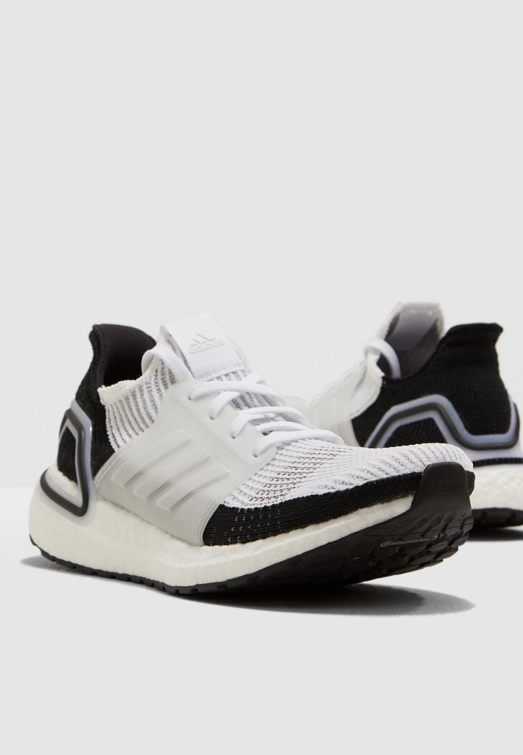 06a7eefd15382 حذاء الترا بوست 19 من اديداس للرجال - CouponSahl كوبون سهل