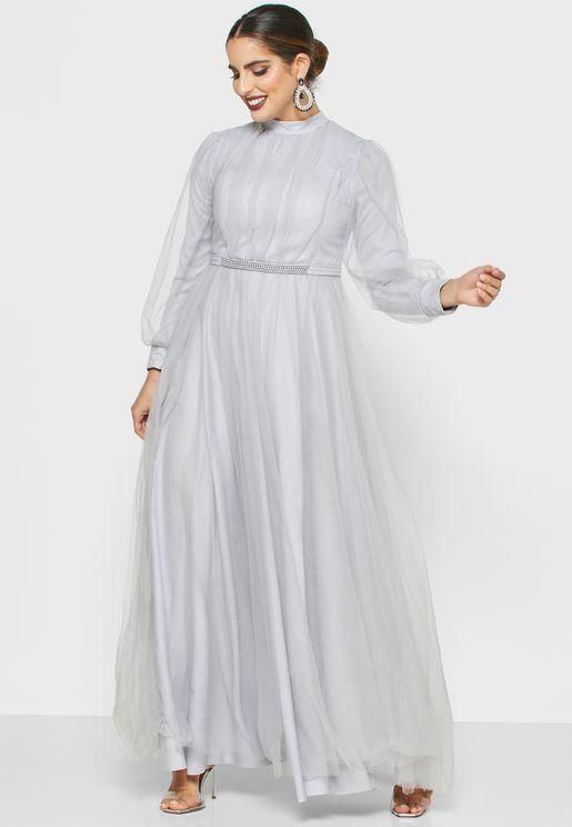 فستان شبك بياقة عالية