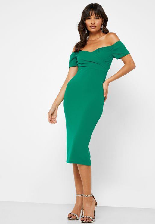 فستان مزين بشق