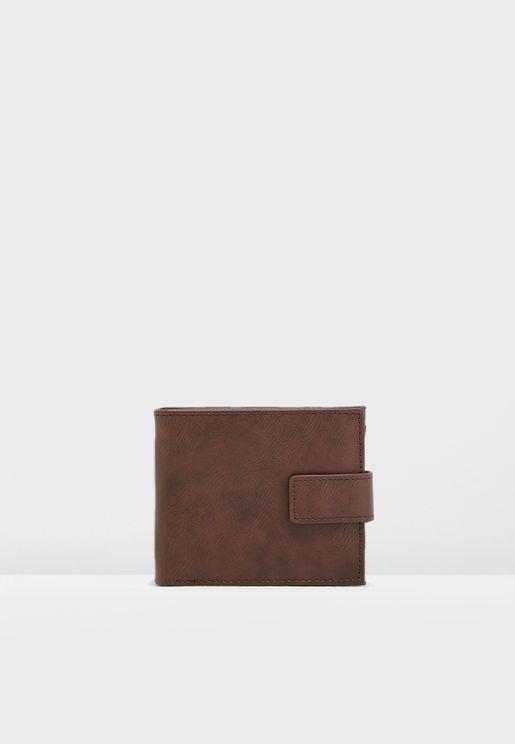 dc8f25da198 Core Clasp Closure Wallet