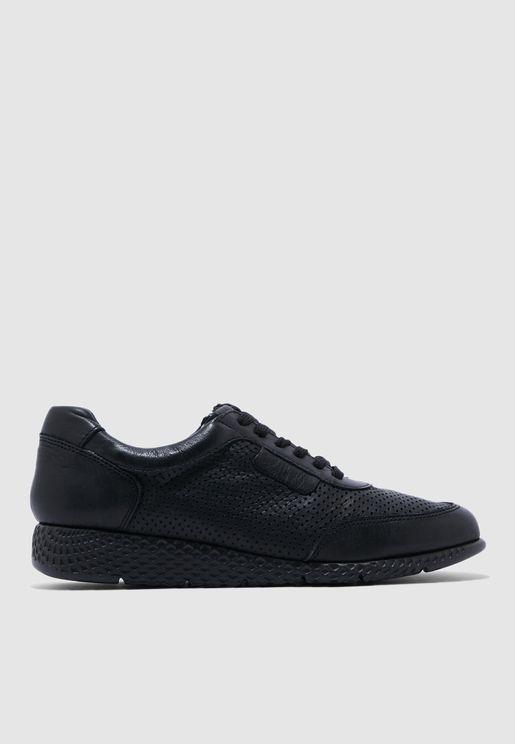 حذاء سنيكرز بكعب ويدج