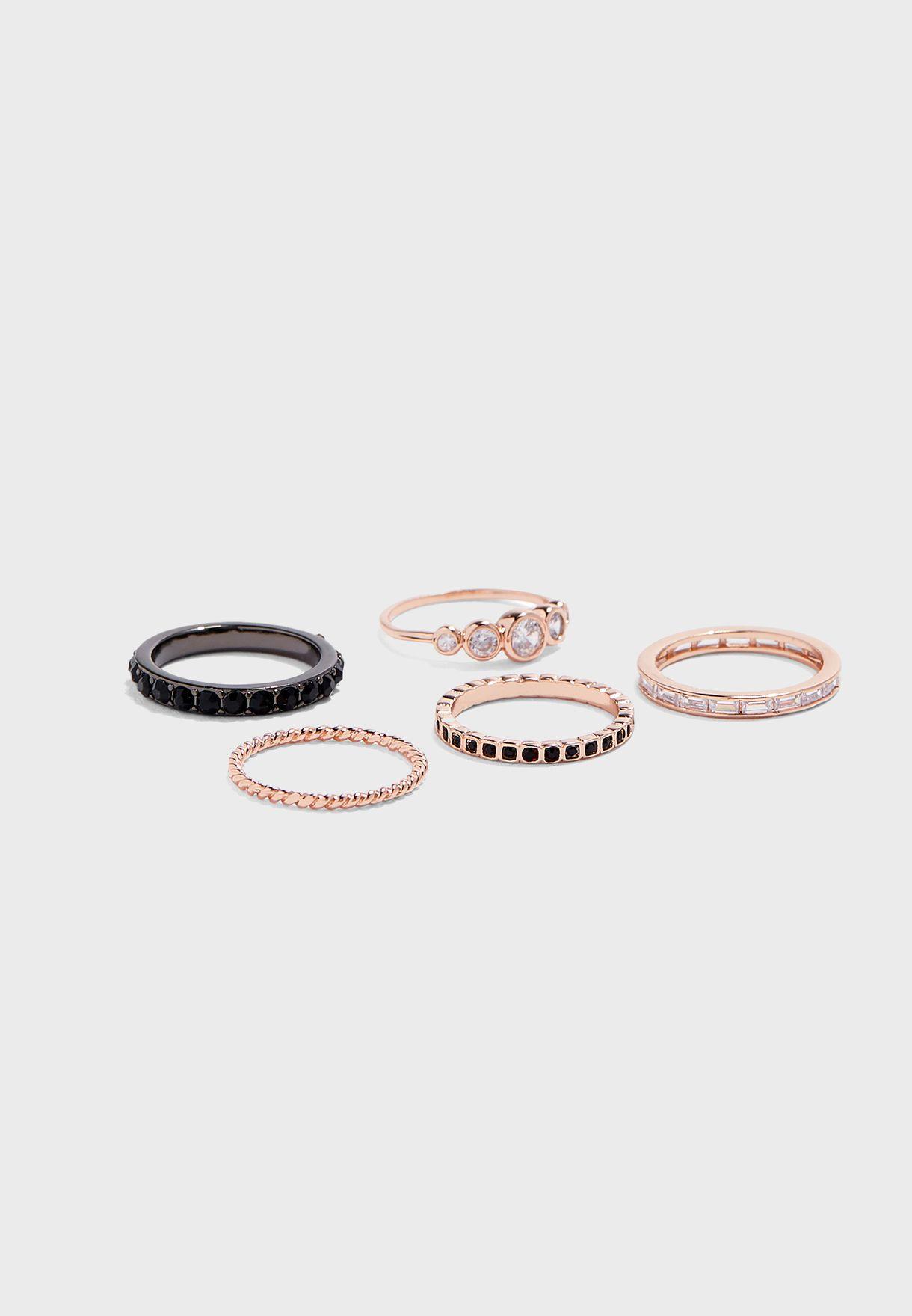 Niacia Ring