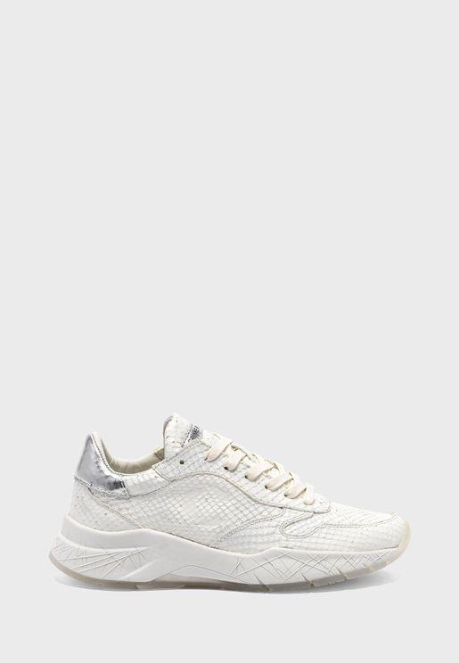 Tech Low Top Sneaker