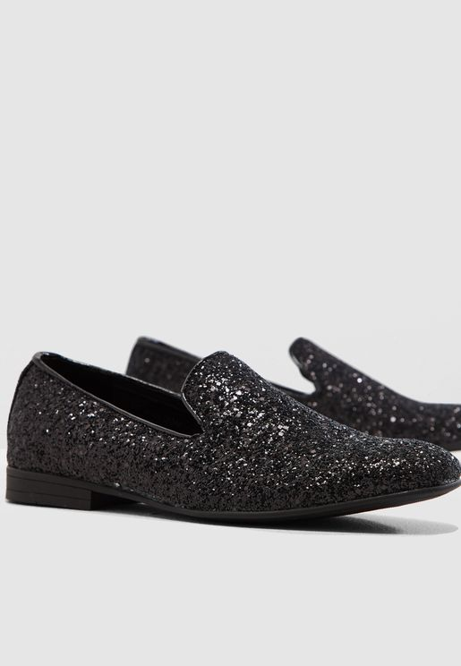 حذاء سهل الارتداء مزين بالذرات البراقة
