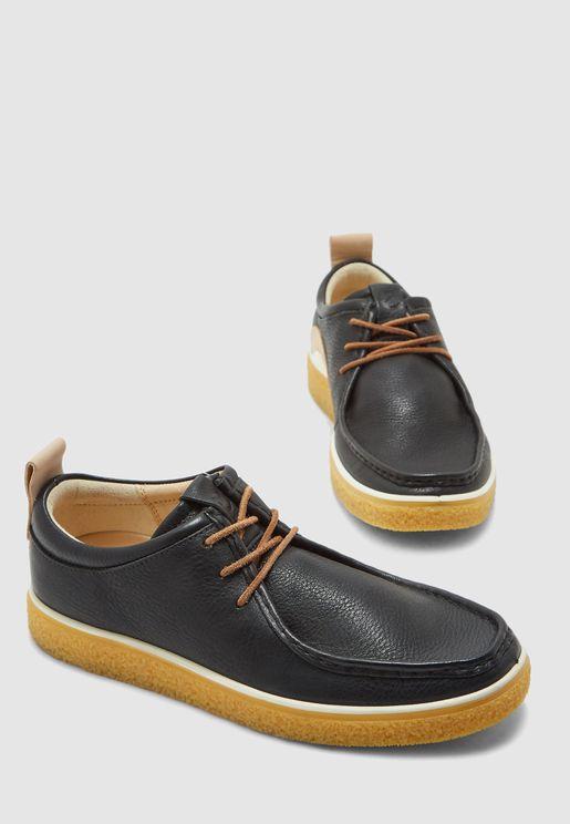 حذاء موكاسين باربطة
