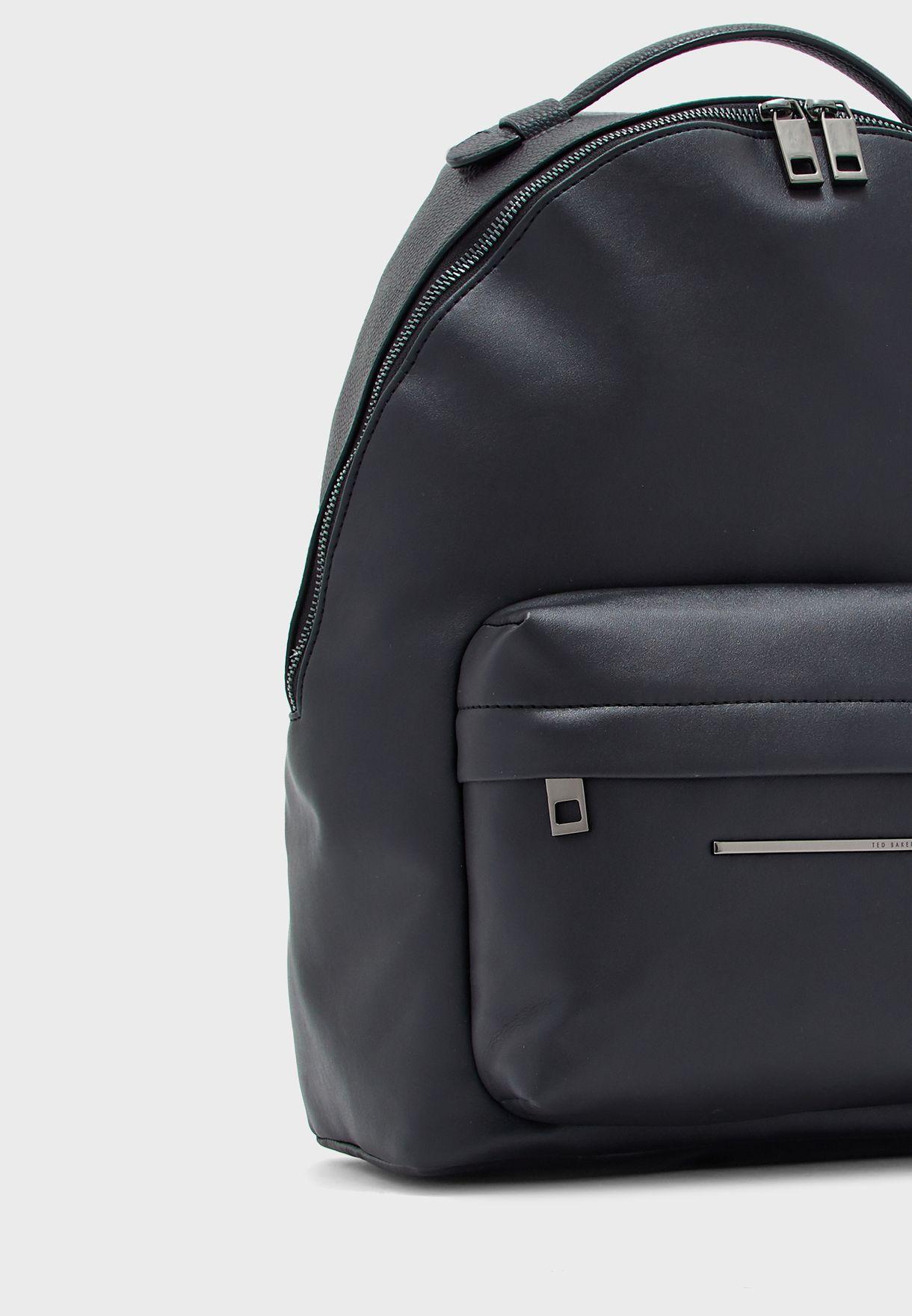 حقيبة ظهر كاجوال