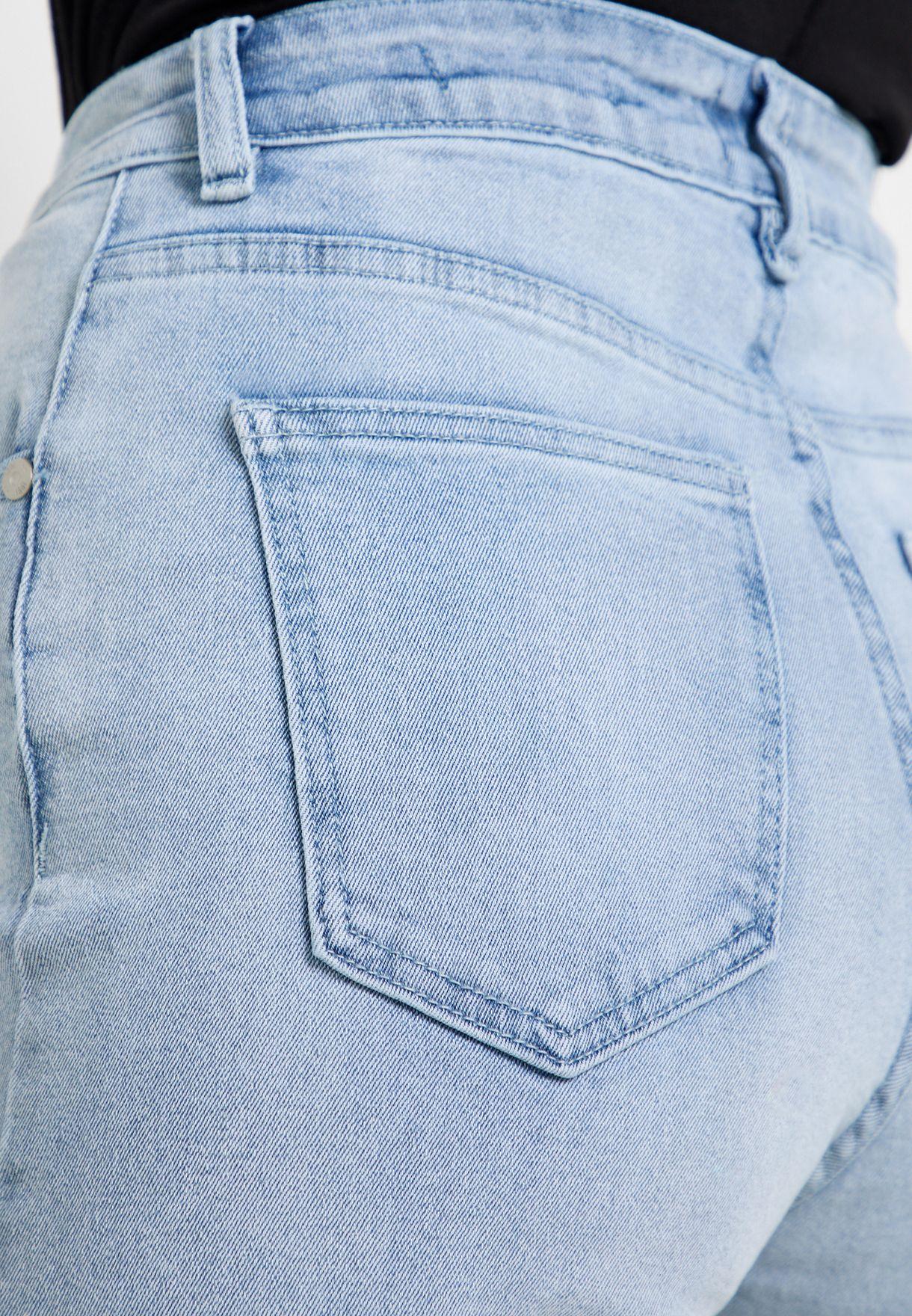 جينز الامهات