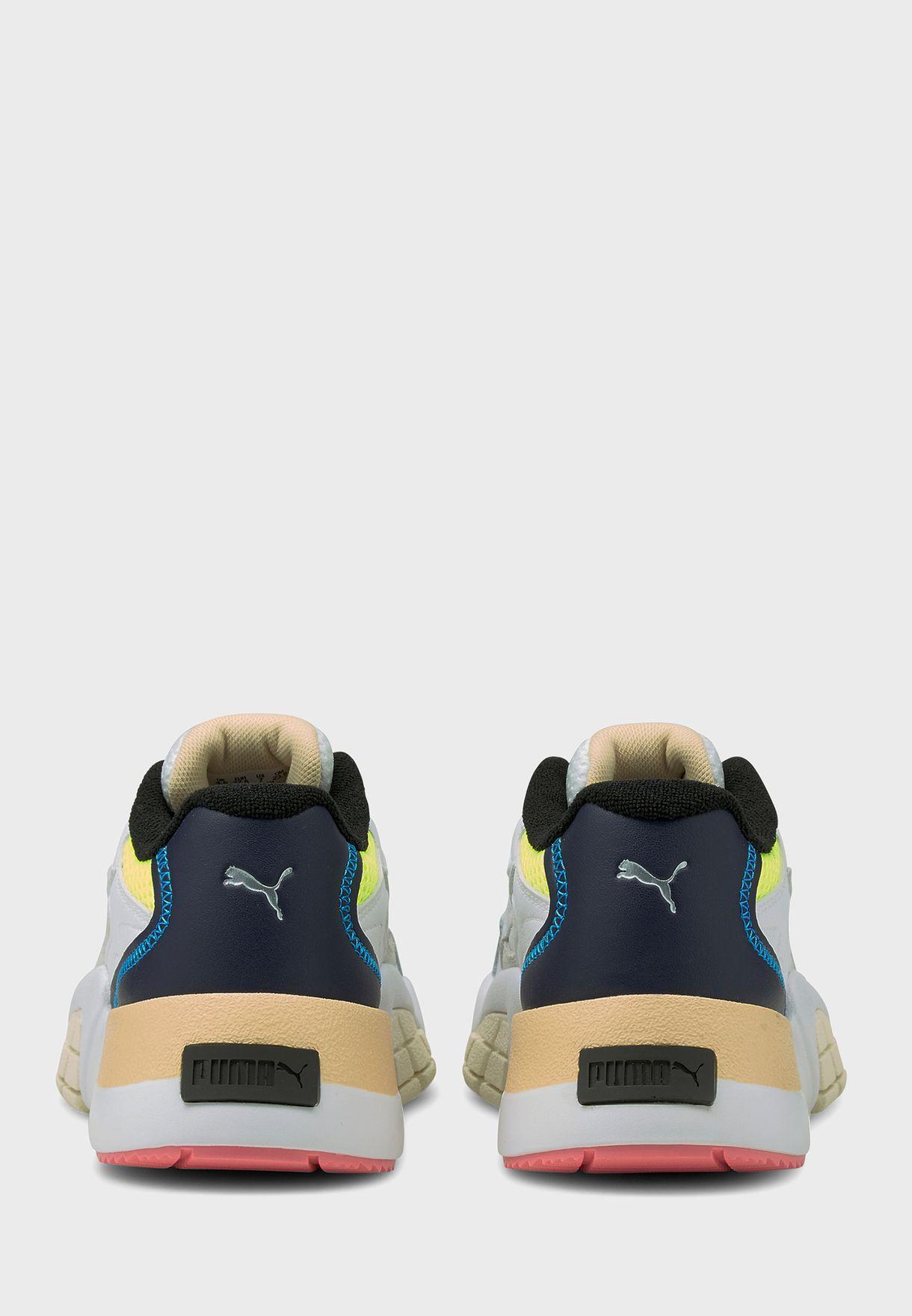 حذاء هيدرا فانتازي