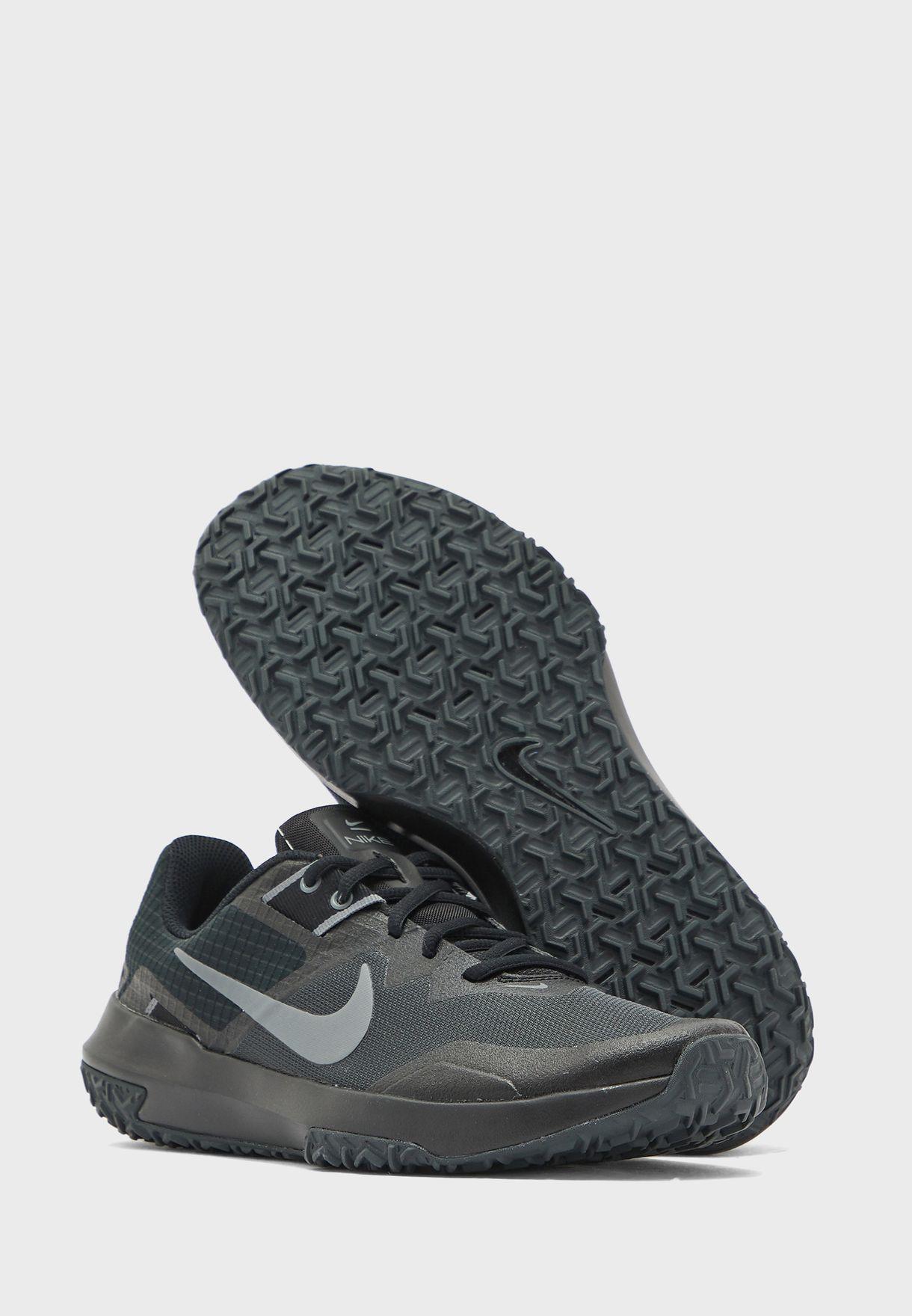 حذاء فارسيتي كوميت تي ار 3