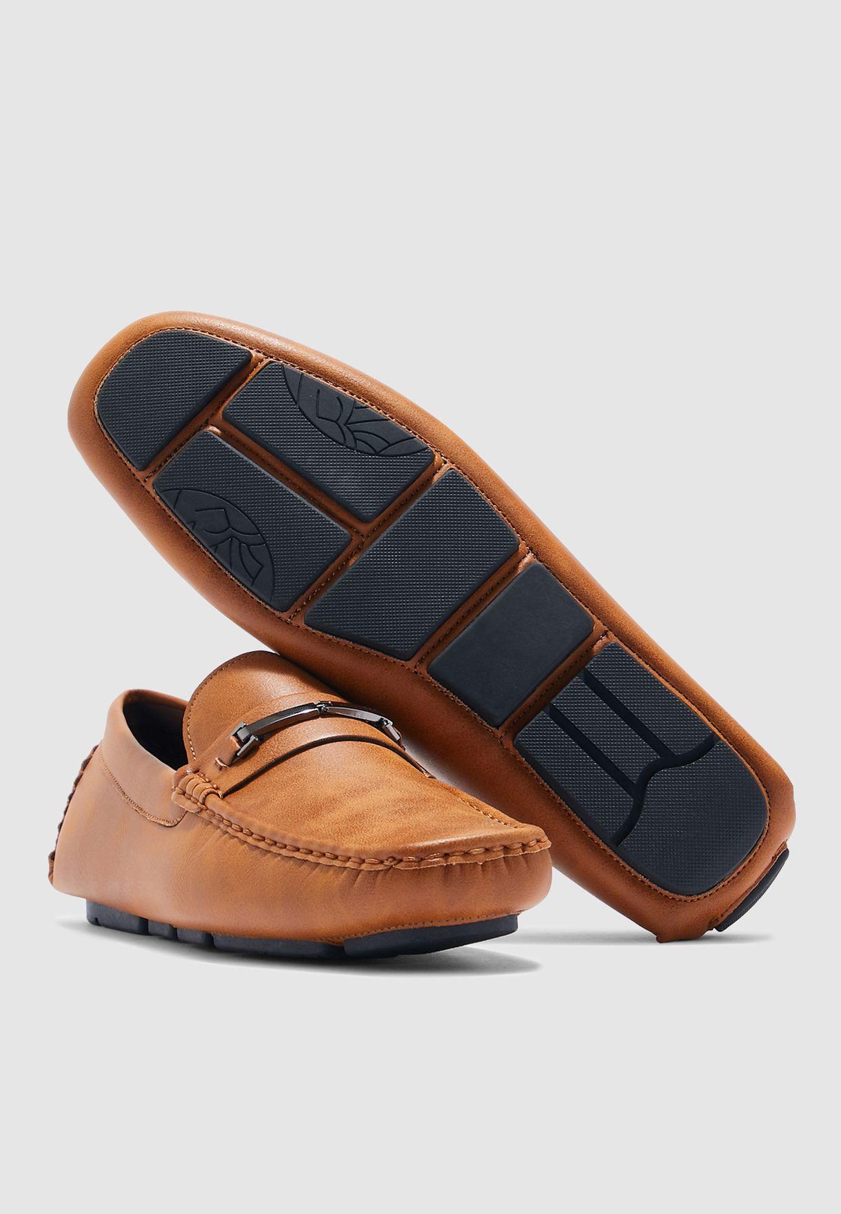 حذاء موكاسين كلاسيكي