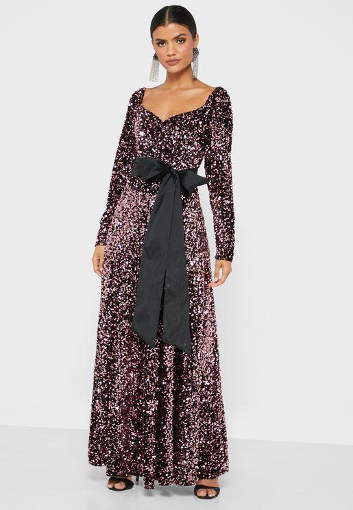 فستان مزين بالترتر