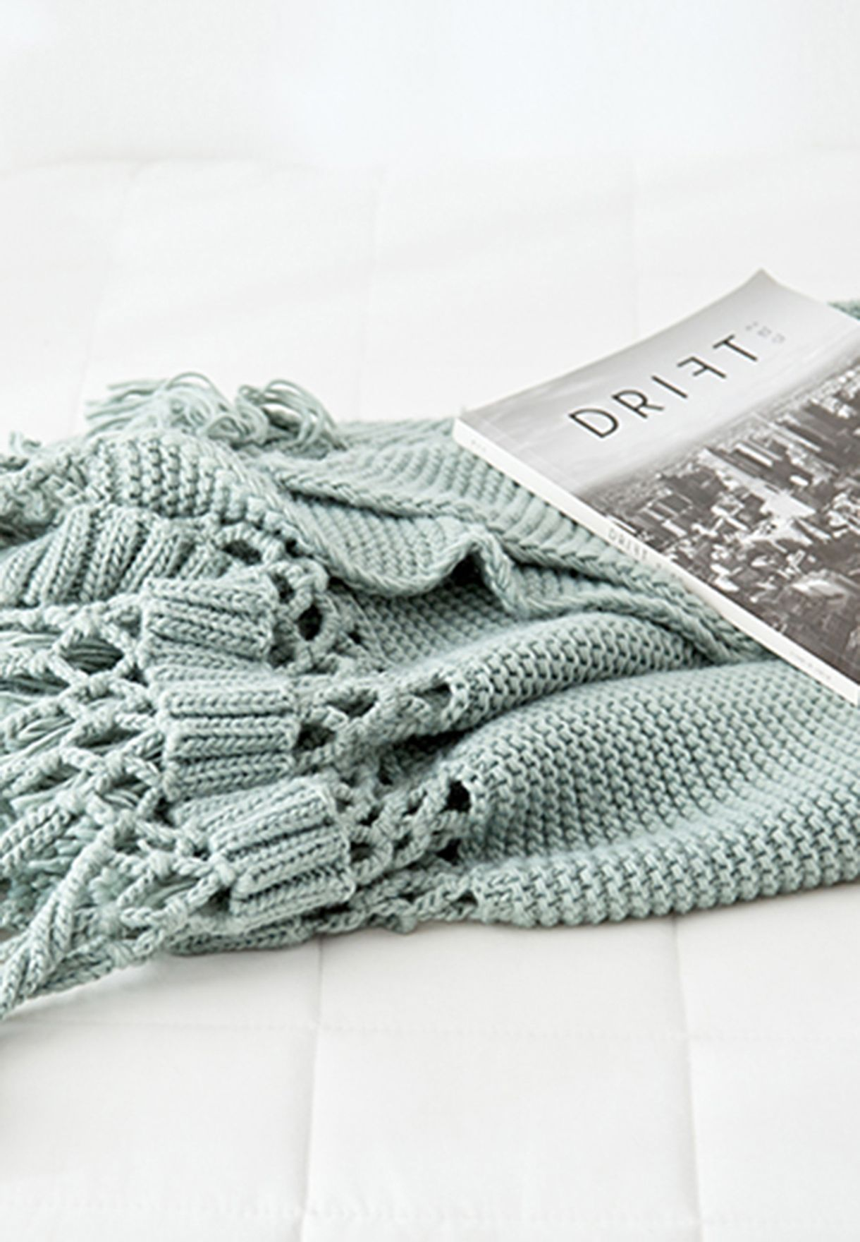 Mint Green Knitted Blanket with Tassels 120cm x 180cm