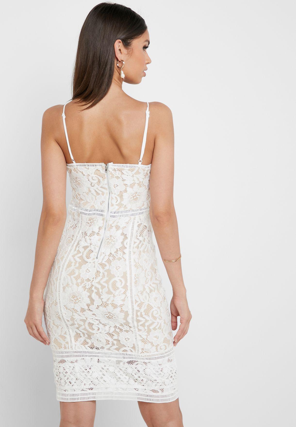 فستان دانتيل بحمالات