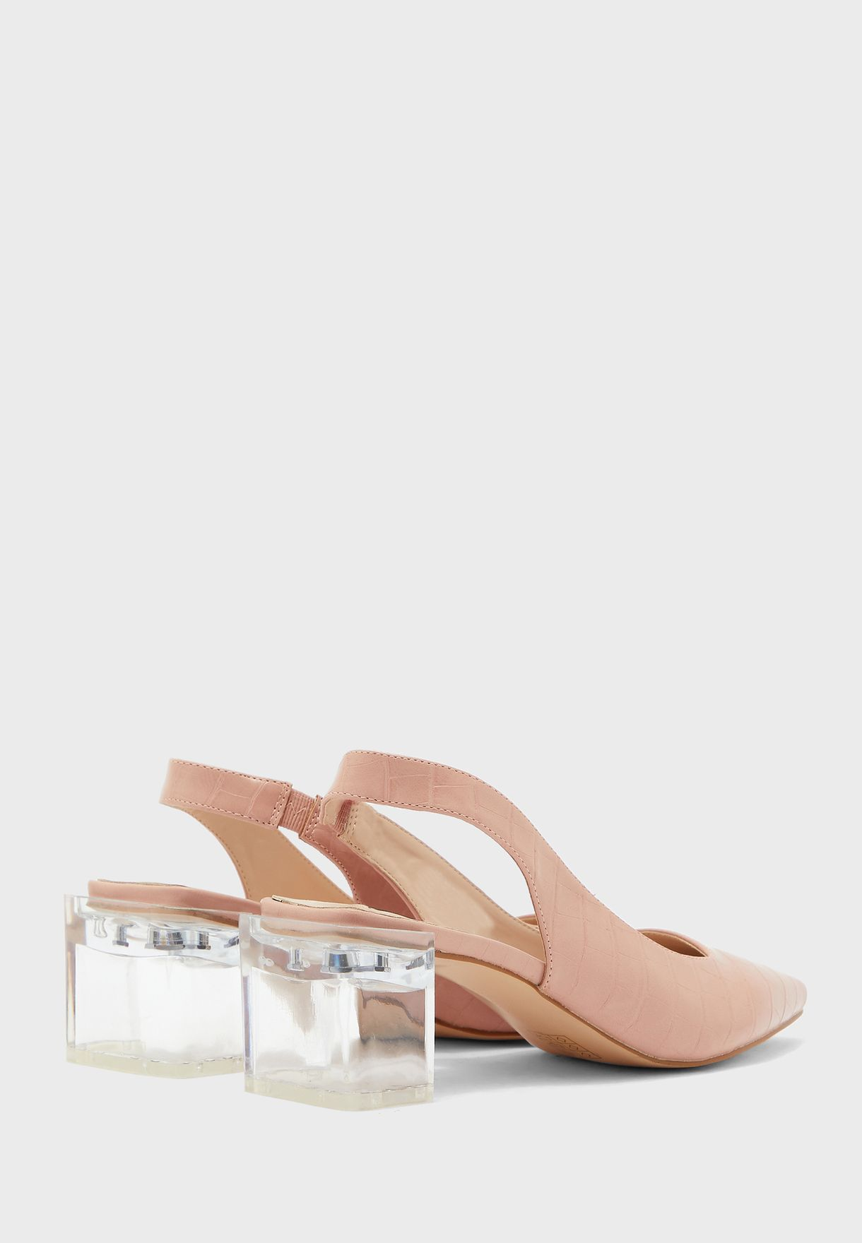 حذاء بكعب سميك شفاف