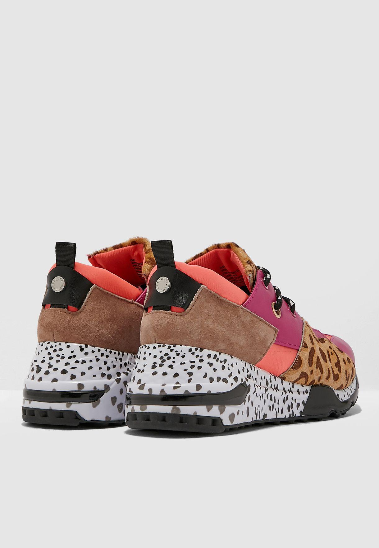 Cliff Low-Top Sneaker - Pink