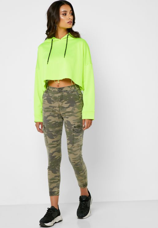 Camo Cropped Cargo Jeans