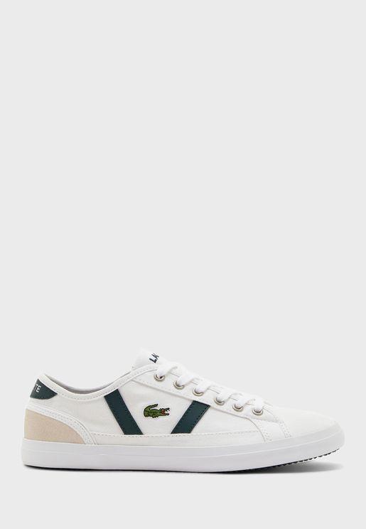 Sideline Low Top Sneaker