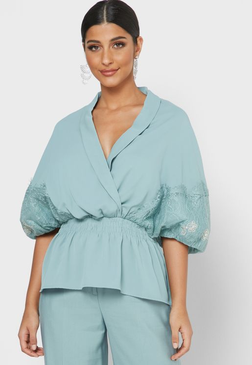Balloon Sleeve Wrap Top