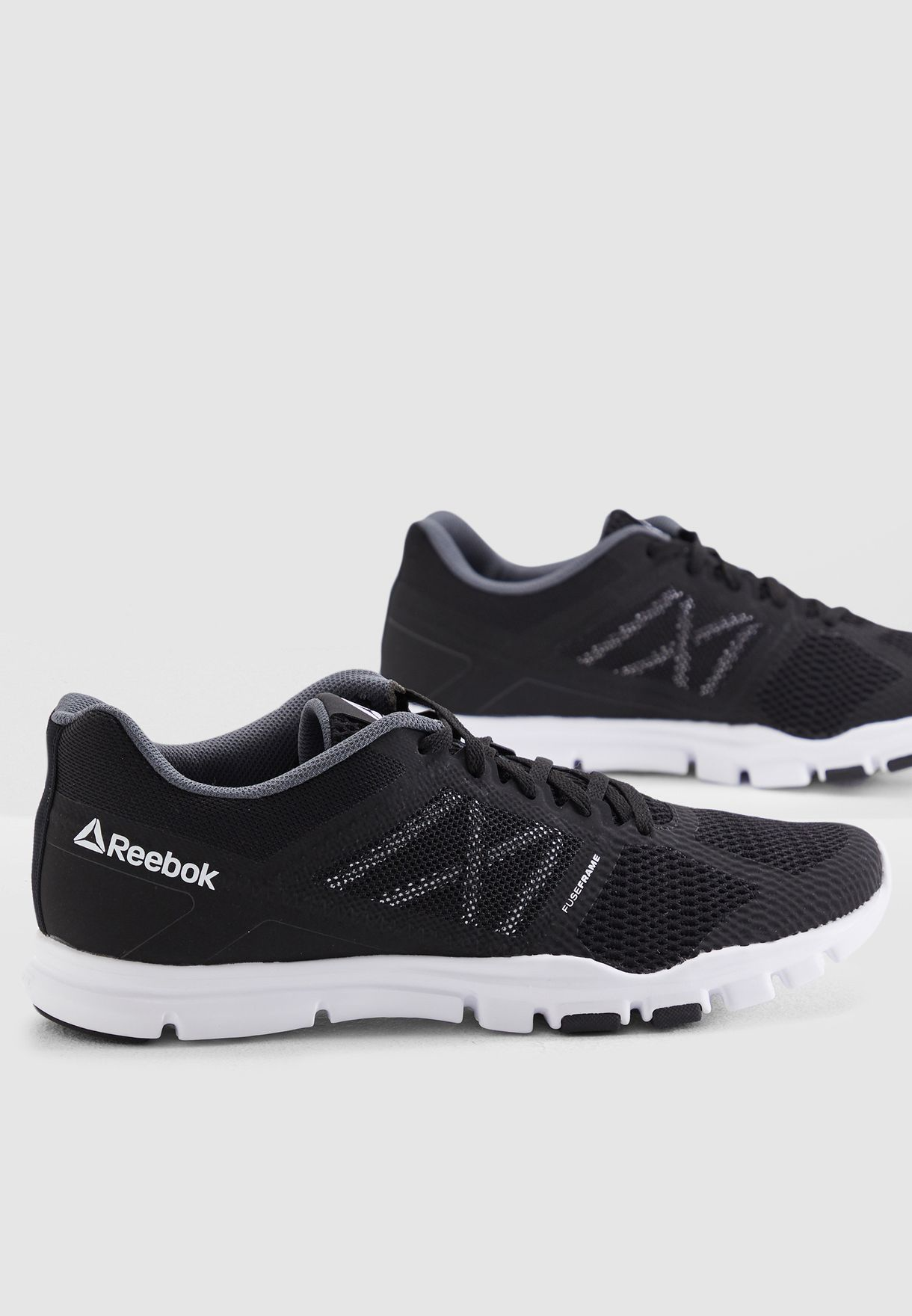 b4c04880c4c180 Shop Reebok black Yourflex Train 11 DV4759 for Men in UAE - 19000SH14LBP