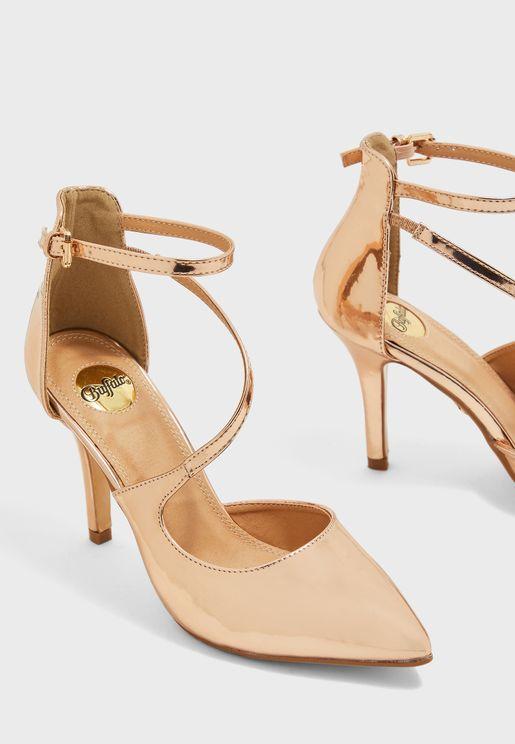 حذاء كعب بسير كاحل