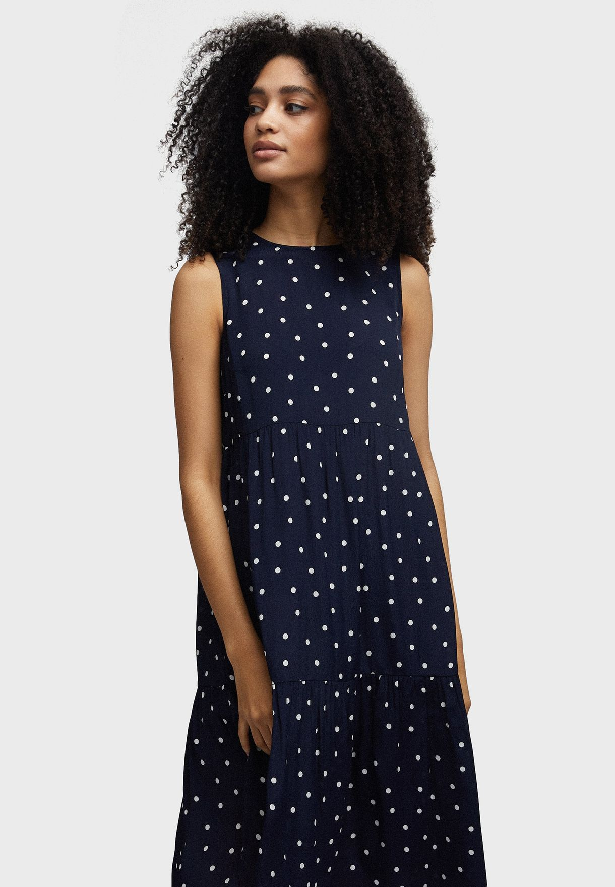 فستان مطبع بحواف كشكش
