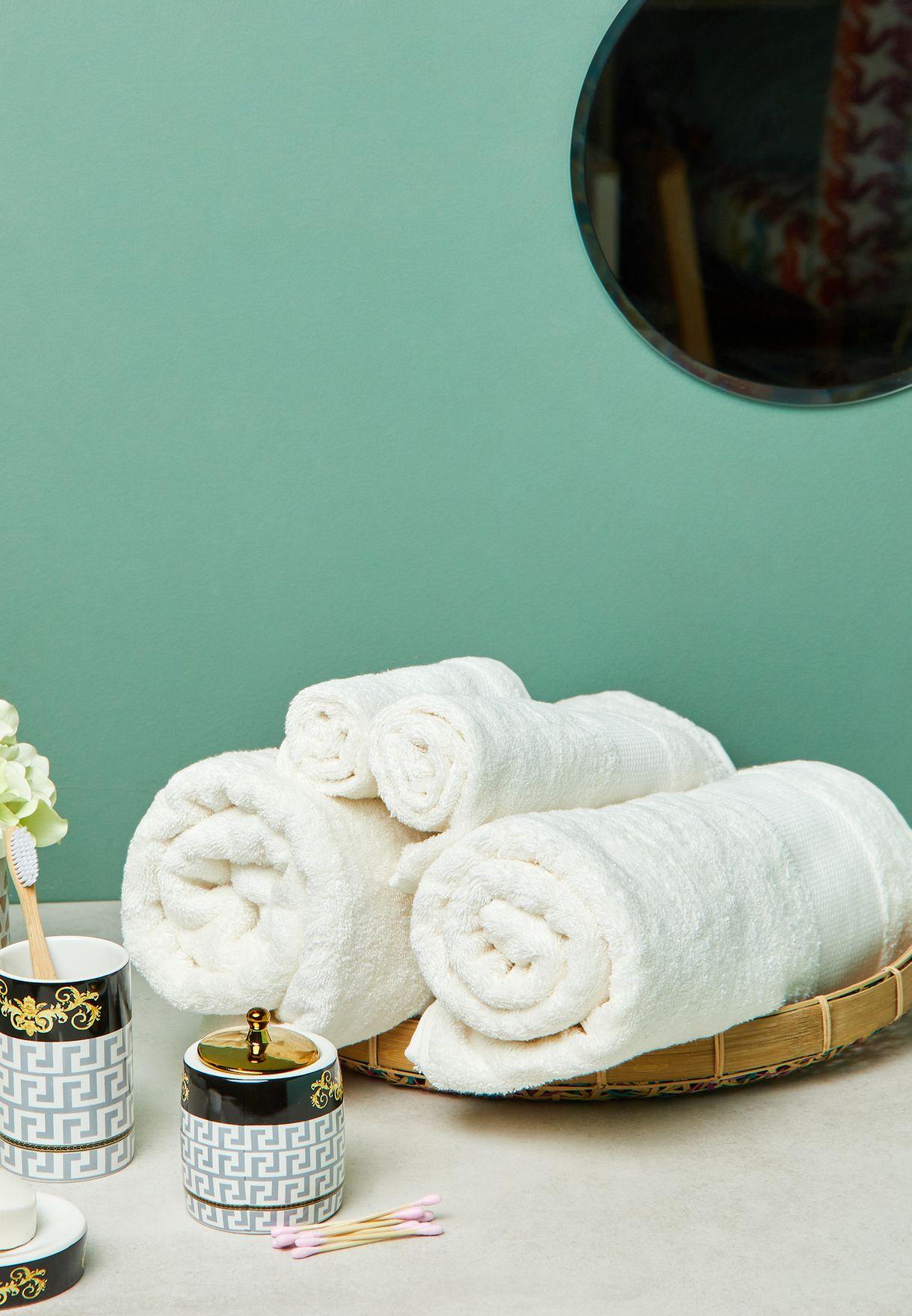 Set Of 4 Hotel Towel