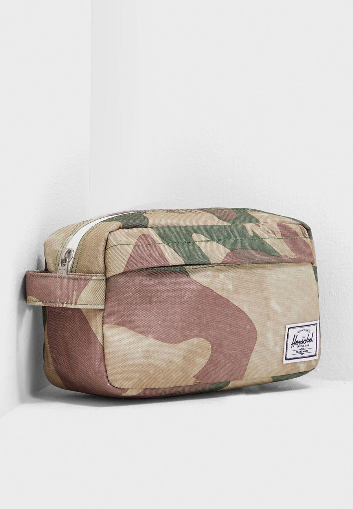 d266c4ed159d Shop Herschel prints Chapter Carry On Toiletry Bag 10347-02460-OS ...