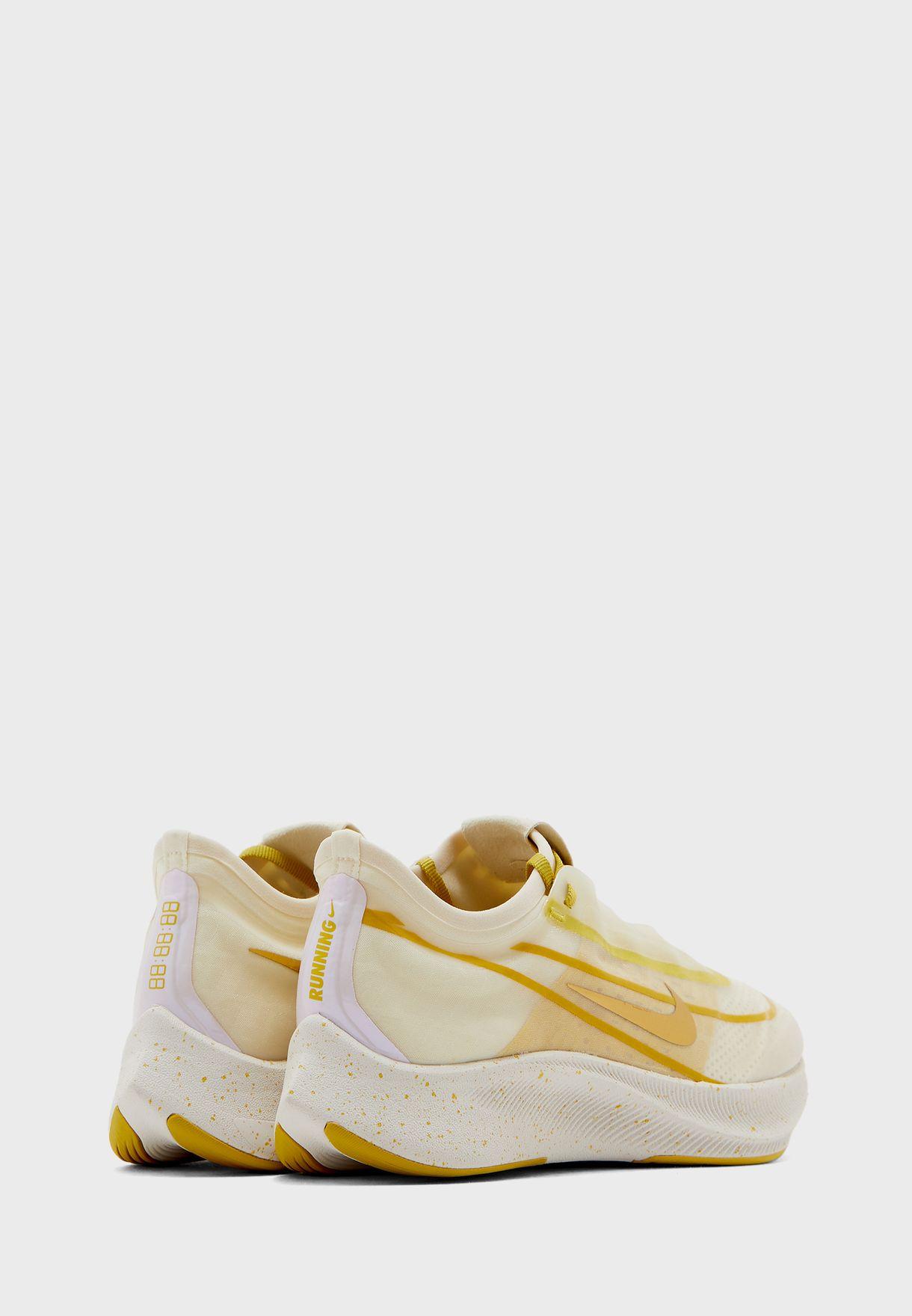 حذاء زوم فلاي 3 برينت بي ار ام