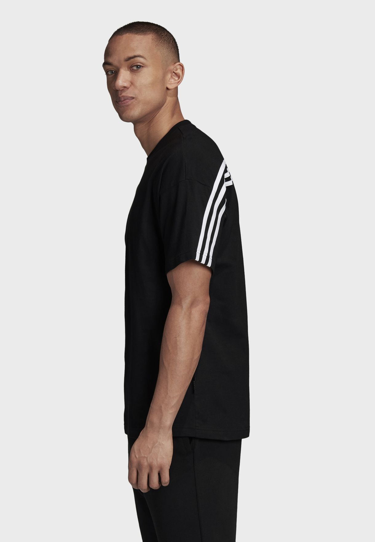 3 Stripes Must Haves Sports Men's T-Shirt
