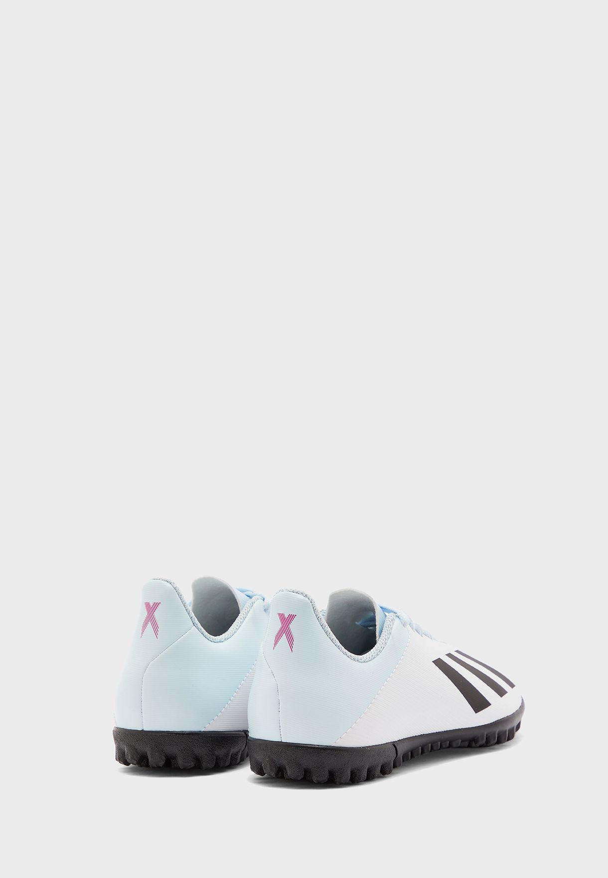 حذاء اكس 19.4 تي اف