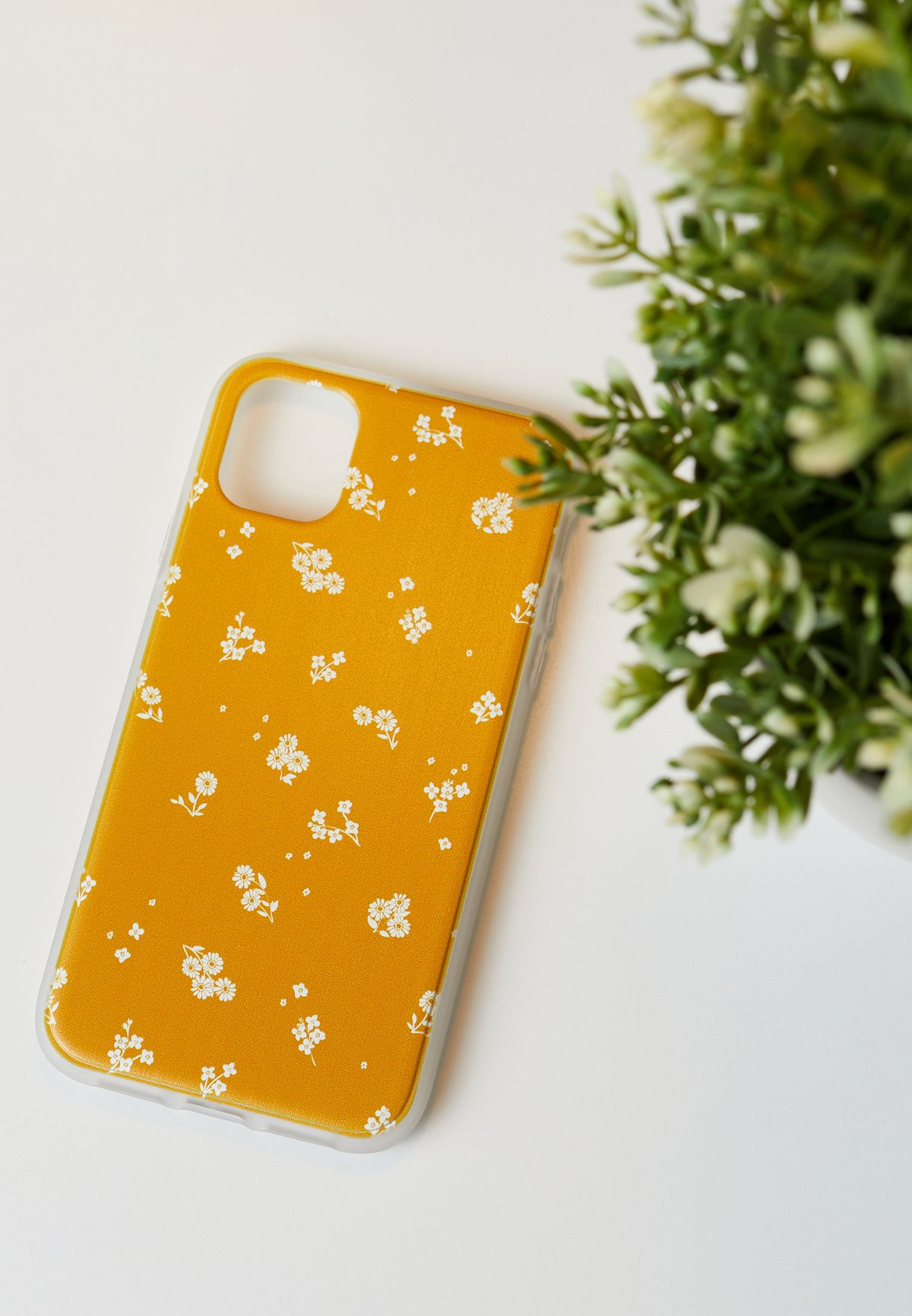 Snap On Protective Floral iPhone 11 Case