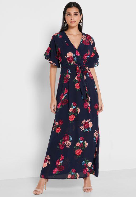 فستان مطبع ومزين بكشكش