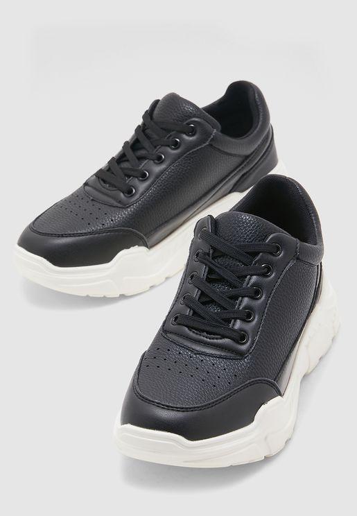 finest selection d9fa6 efdda Sneakers for Women | Sneakers Online Shopping in Dubai, Abu ...