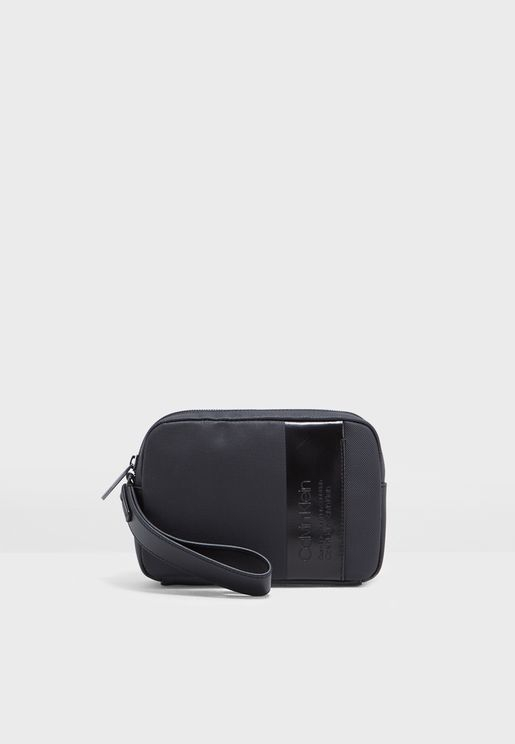 Elevated Compact Washbag