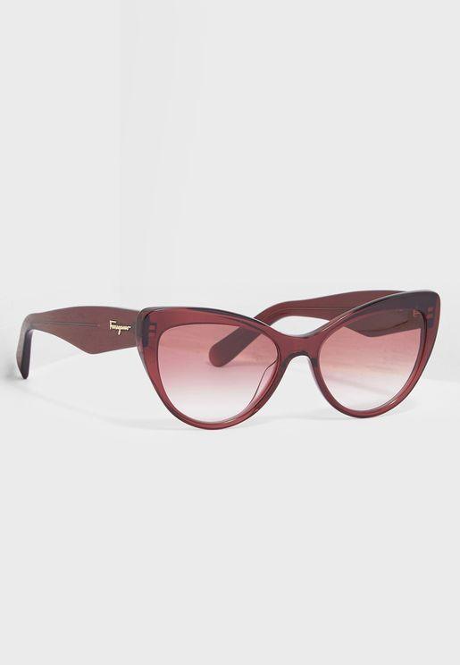 نظارة شمسية بنمط عين القط