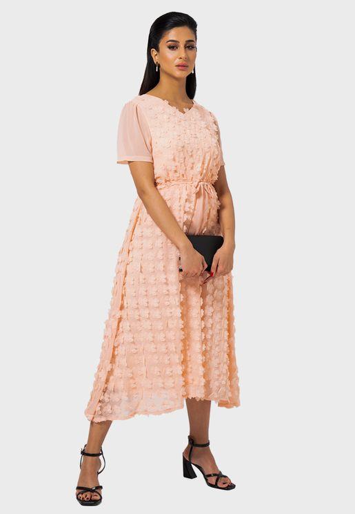 Applique Detail Tie Waist Dress